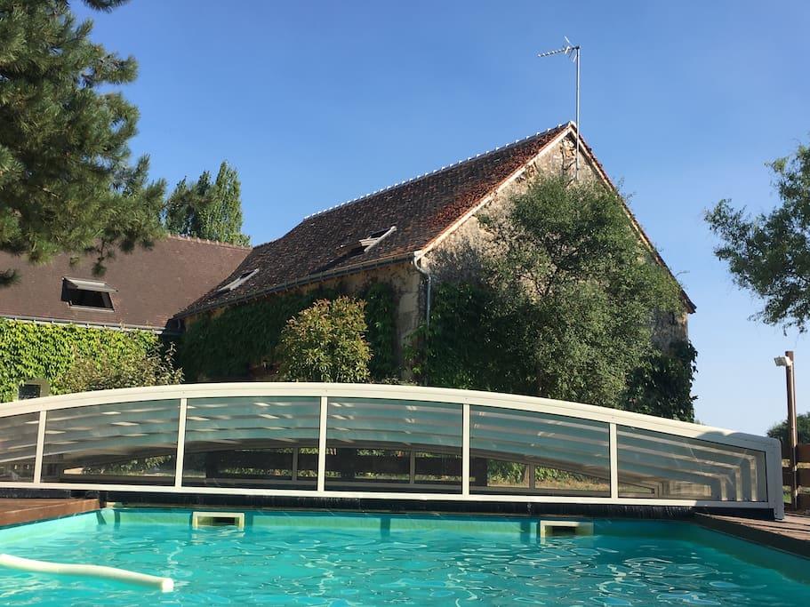 Gite calme et charme 6 8 pers piscine jardin nature for Piscine 8 mai vitry sur seine