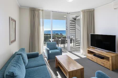 Independent Seascape Apartment
