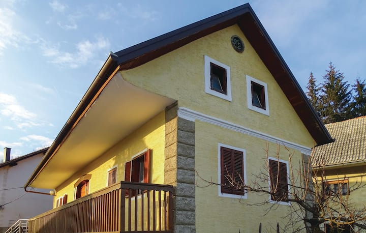 Awesome home in Semic with WiFi and 1 Bedrooms