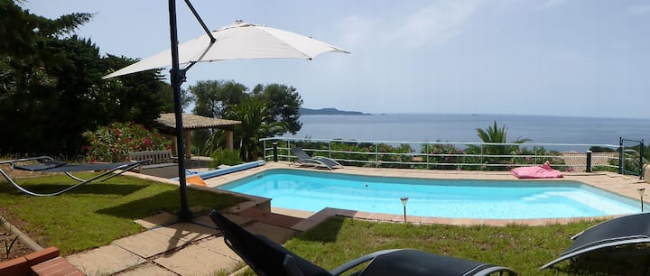 Large garden level with pool & sea view, 5-7 ppl.