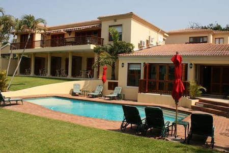4 Star Bed and Breakfast - Umhlanga