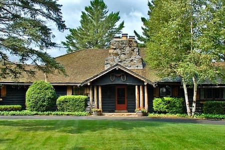 River Ranch Historic Private Estate in Lake Placid