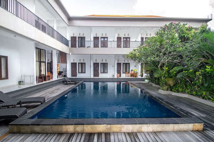 Warm place with close to the beach #Seminyak