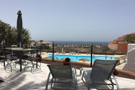 Espectacular piso de 3 dorm con piscina - Oasis del Sur - Ganze Etage