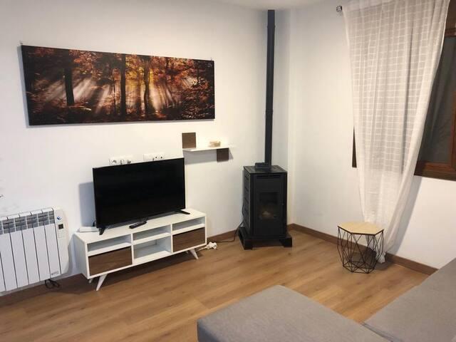 Se Alquila piso nuevo con entrada individual