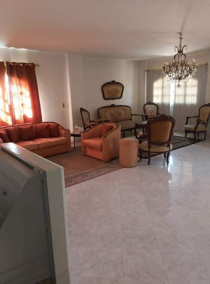 Villa elegant, spacious fully furnished 2bd /2ba