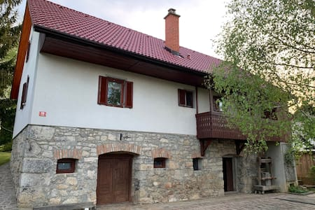 Peaceful, family-friendly country house near Kolpa