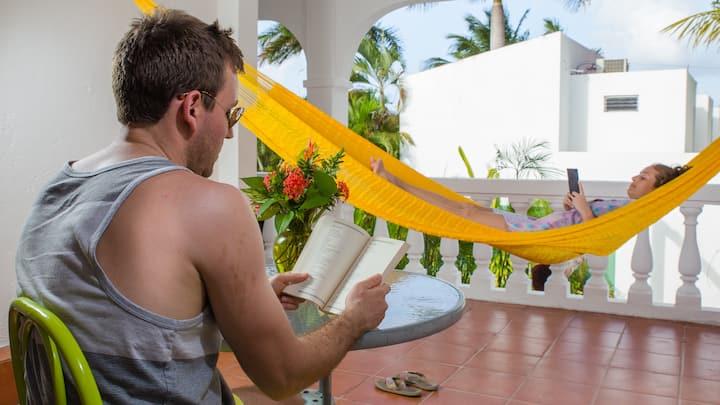 Comfy 2 Floors & 4 Bedroom Villa in Cozumel. V5A