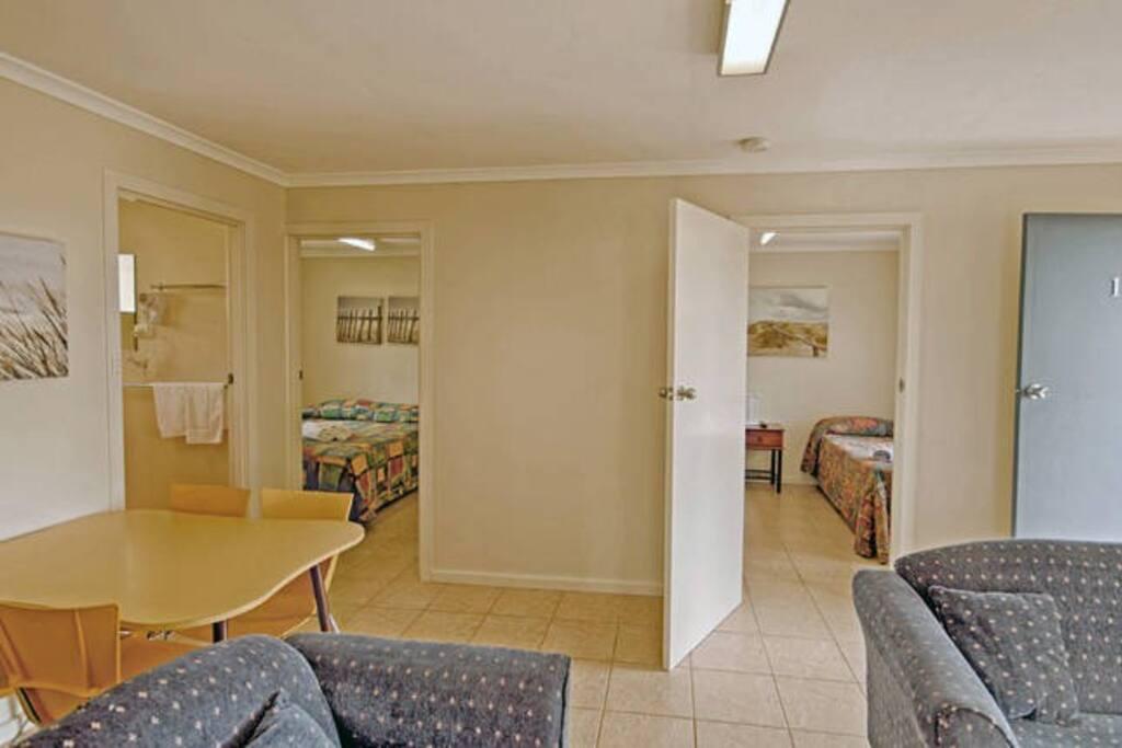 4 Star 2 Bedroom Apartment