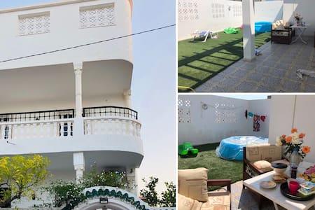 Appartement Haut Standing indépendant dans villa