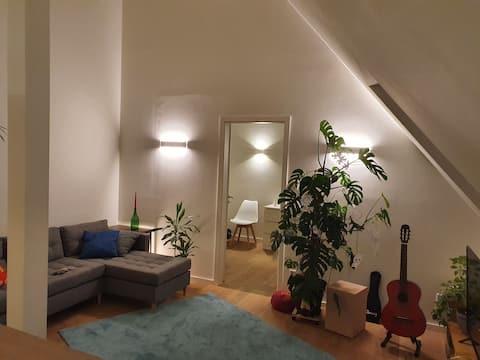 Wunderschöne, kleine Maisonette- Wohnung