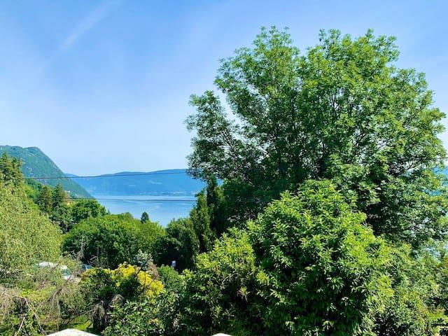 Maison belle vue lac, sur les hauteurs du Bourget