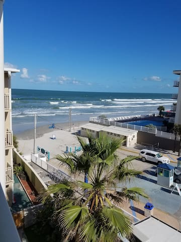 DAYTONA BEACH DIVERSION