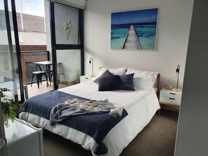 Private bedroom, bathroom and balcony- Geelong CBD