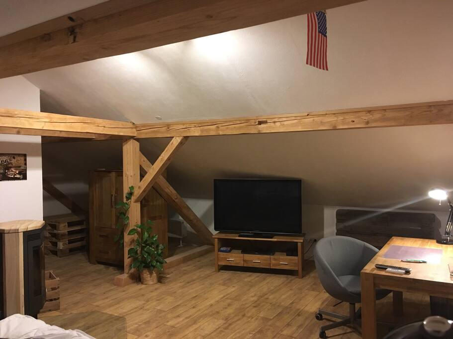 Dachwohnung mit kaminofen im allgau flats for rent in for Induktionsherd set