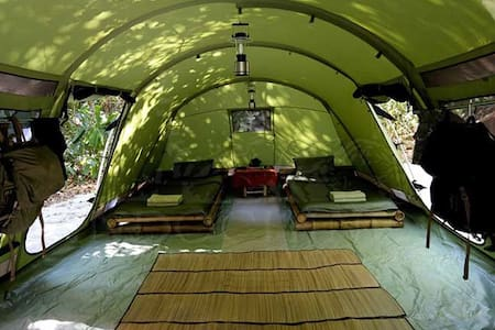 Amazing Igloo with two single beds. - Viladecans - Bed & Breakfast