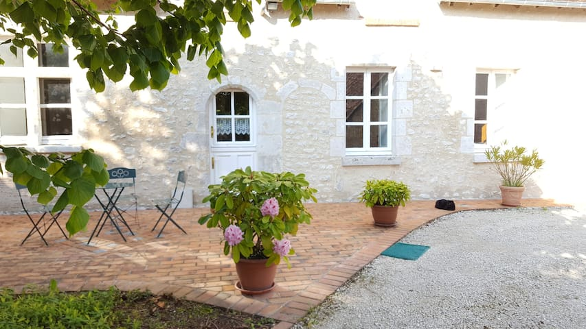 Closerie des Laudières  - Suite 50 m² - 2/3pers - Vineuil - Bed & Breakfast