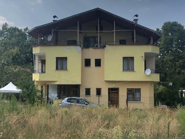 Villa Galeria