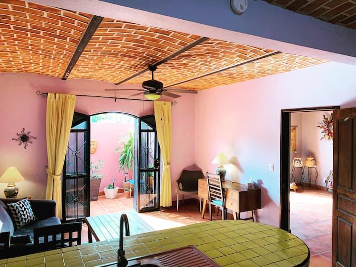 Depa Hotel / Hotel Apt - The Victoria Ajijic