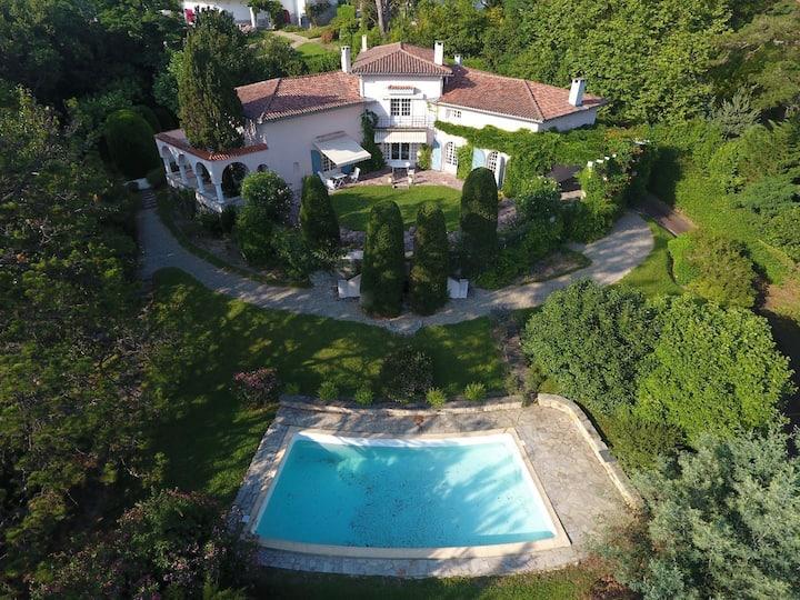 Villa art déco avec piscine - Saint Jean de Luz