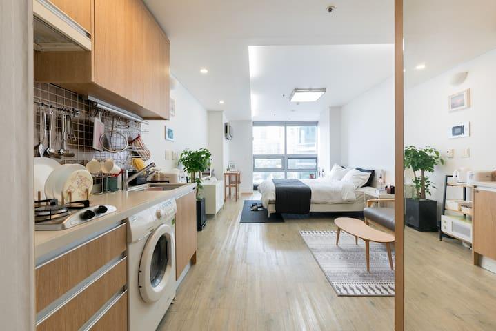 Lavi's House-Free Egg - Near Hongdae & Itaewon - Seoul - Condominium