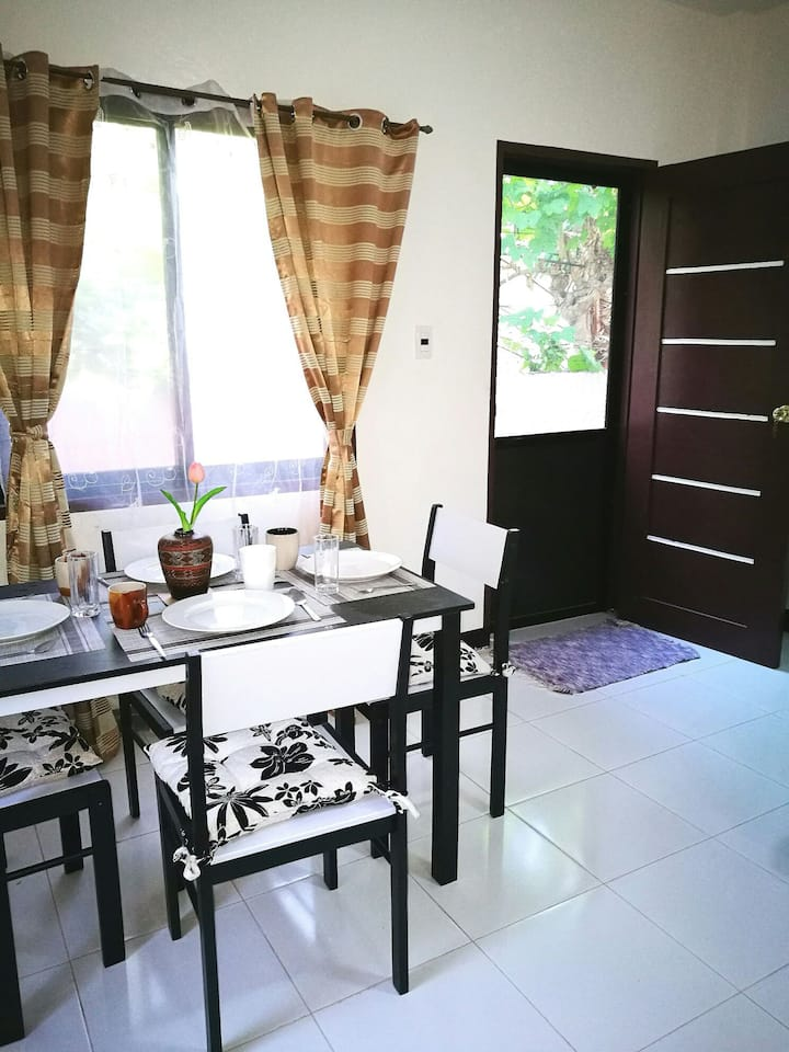 Alviola's Apartment Bed and Breakfast Davao City