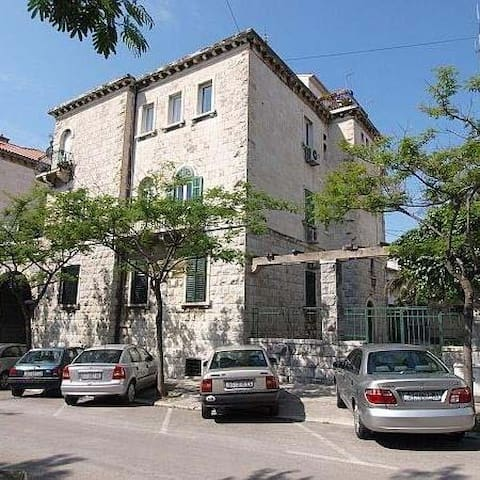 Historical house was constructed in 1911 by well-known architect Fabjan Kaliterna who founded famous football club HNK Hajduk Split in the same year