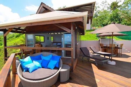 Villa Tonoi bungalow tout confort super vue mer