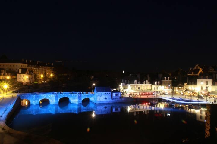 La tranquilité avec vue sur le Pont de St Goustan - Auray - Apartamento