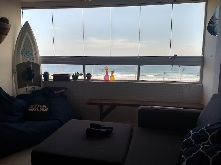 Apartamento de frente para o mar