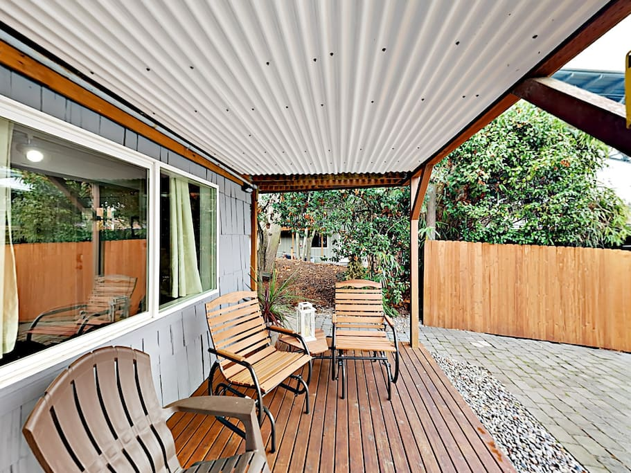 Welcome to your home in Seattle! Professionally managed by TurnKey Vacation Rentals.