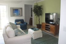 """Living Room with 60"""" Smart TV/WIFI"""