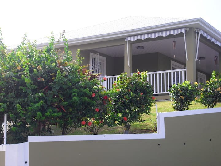 Apartment with 2 bedrooms in Ducos, with enclosed garden and WiFi - 12 km from the beach