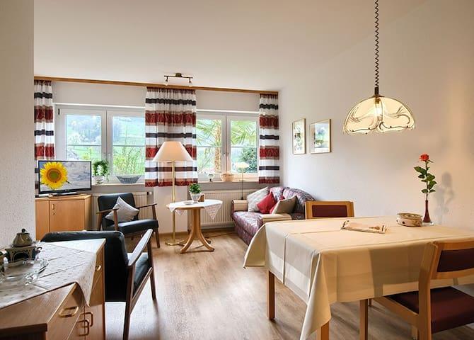Ferienwohnung Anne Rüdlin, (Badenweiler - Lipburg), Ferienwohnung Nobling, 85 qm, 2 Schlafräume, max. 4 Personen