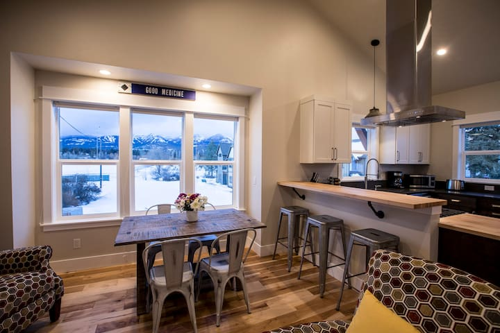 Perfect Downtown Location with view of Big Mtn