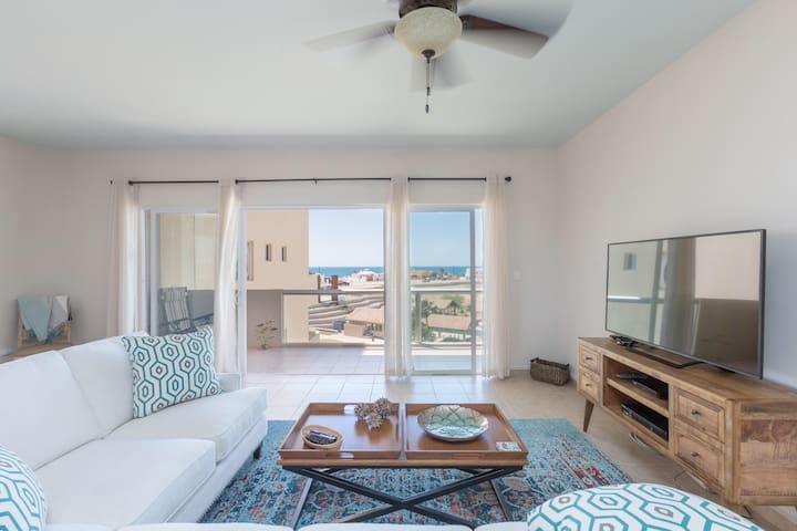 Las Conchas Ocean View Condo with Private Garage