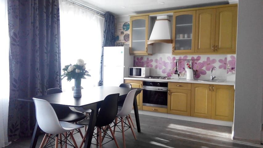 Pushkinskie Gory Comfort Apartment - Pushkinskiye Gory - Lägenhet