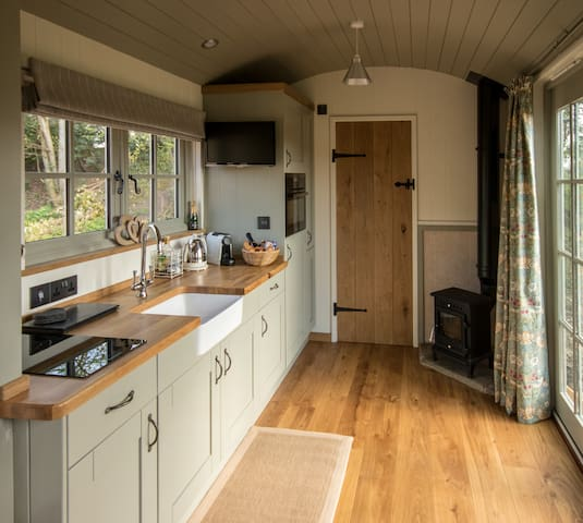New Forest Shepherds Hut
