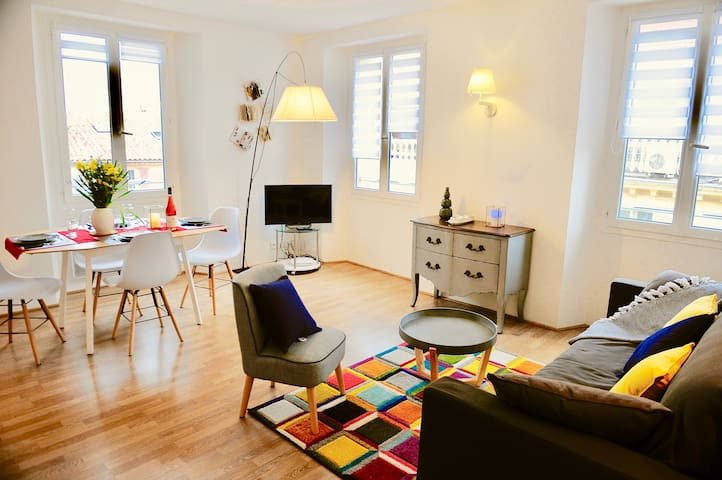Wonderful 1 BR - Best location in Old town