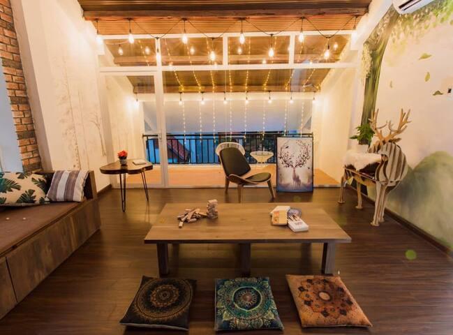 Villa 7 phòng ngủ trung tâm Hạ Long cách biển 300m