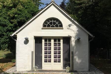 Charmerende gæstehus ved Stevns Klint