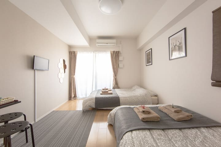4min to USJ 5min to Osaka  8min to NANBA Free-wifi - Osaka - Apartamento