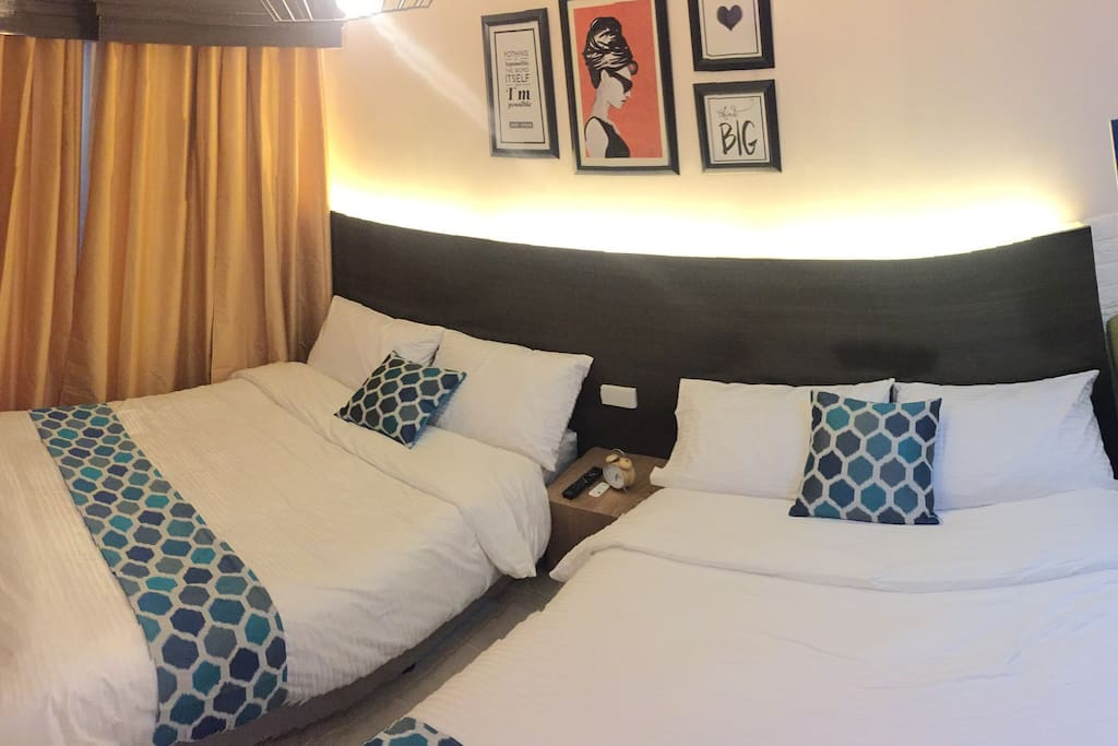 BossReuel Suites - throw pillow and bed runners changes.