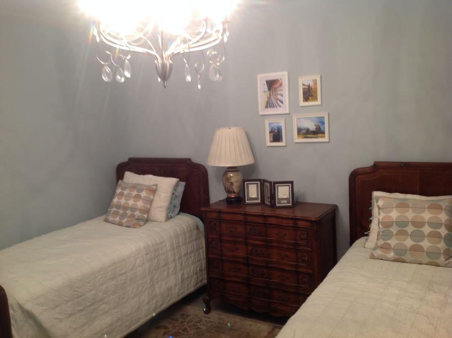 Votre chambre avec 2 lits simples
