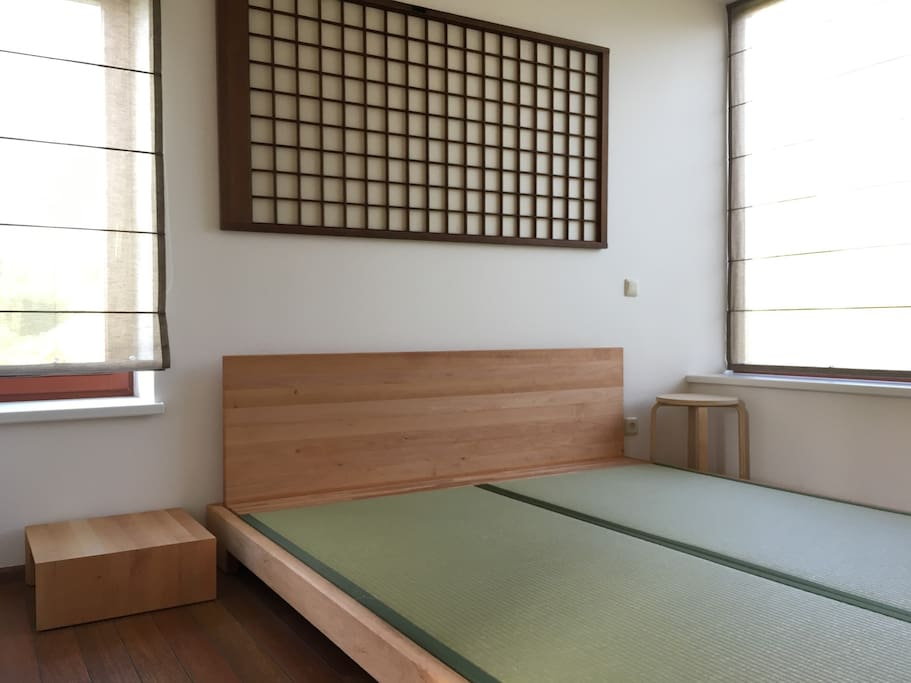 1st floor bedroom with a double bed. Solid wood bed with authentic Japanese tatami mats
