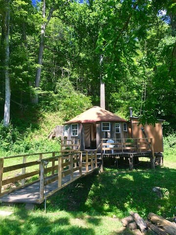 Holmes Farm Yurt