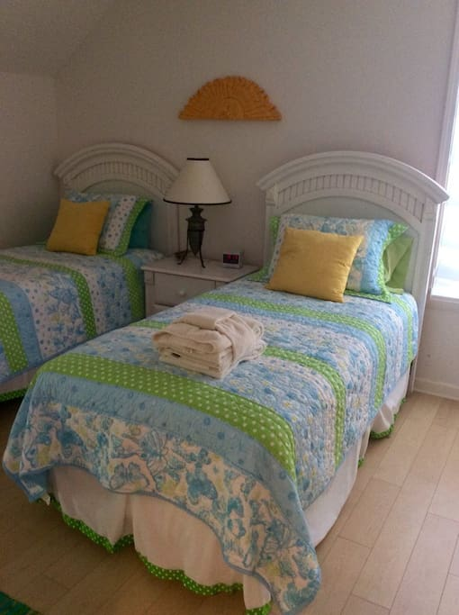 Bedroom #3 - Two twin Beds