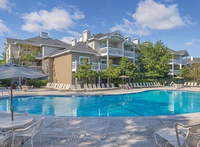 Windsor Santa Rosa Resort Condo 3BR Open Pool Nice
