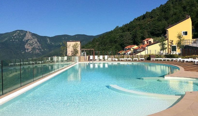 Borgo dei Gabbiani D2-3 The Liguria of ancient burgs, a stylish destination for a 5-star stay