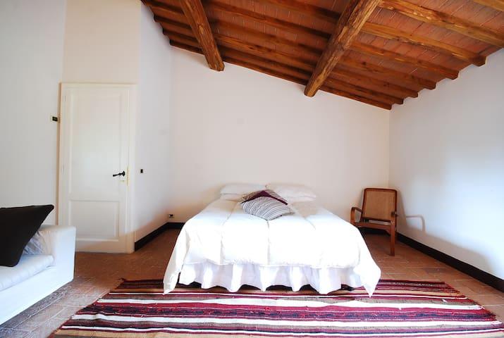 Amazing stone villa with private pool Chianti area - San Gusmè - House